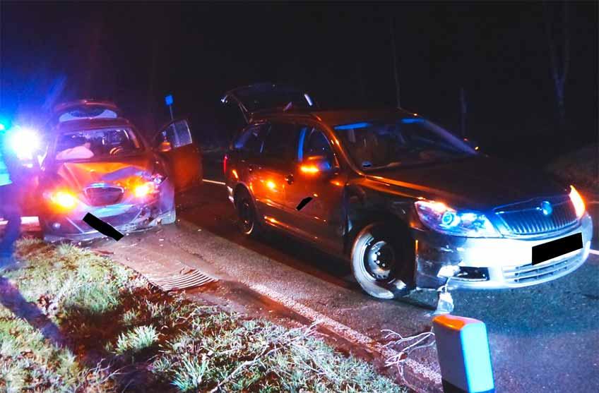 Nach der Kollision waren beide Autos nicht mehr fahrbereit.