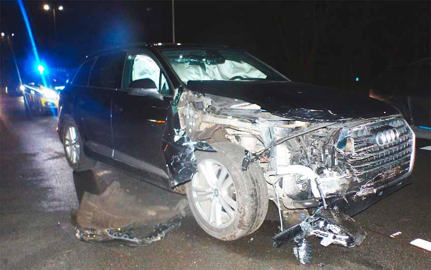 Die Beifahrerin des Audis zog sich leichte Verletzungen zu.
