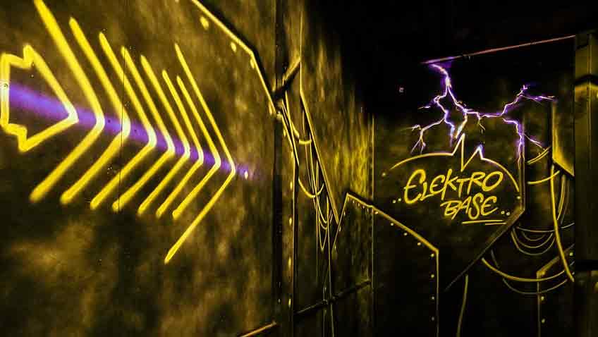 Neon LaserTag