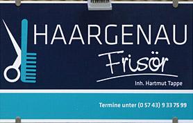 Das Frisör-Handwerk erlernte Hartmut Tappe in drei Jahren bis 1970 bei Albert Schrödter in Lübbecke in der Tonstraße. Auch nach der Gesellenprüfung 19070 blieb Hartmut Tappe über viele Jahre der Bierbrunnenstadt treu und erinnert sich gern an die Zeit, als er noch in Diensten von Willi Sievert stand.