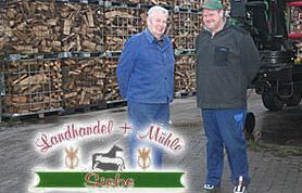 Als traditionsreiches Familienunternehmen besteht der Landhandel Siebe in Lübbecke-Obermehnen jetzt in der 4. Generation. Aus dem Bauernhof mit angeschlossener Mühle, den Wilhelm Siebe 1893 kaufte und betrieb, hat sich über Jahrzehnte ein florierender Landhandel entwickelt. Seit 2008 leitet Volker den Familienbetrieb und wird nach wie vor unterstützt von seinem Vater Wilhelm.