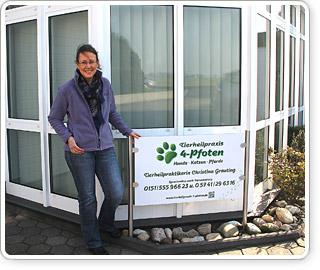 Wer kompetente und liebevolle Behandlung seines tierischen Hausgenossen sucht, ist in der Tierheilpraxis 4 Pfoten in Lübbecke-Stockhausen gut aufgehoben.
