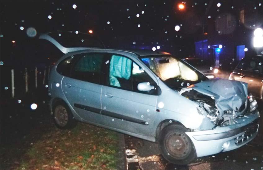Im Einmündungsbereich der Löhner Straße zur Tengener Straße kollidierten am Mittwochmorgen zwei Autos.